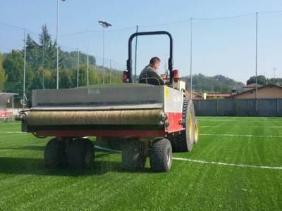 Manutenzione erba artificiale