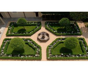 giardino chiostro Castello di Grosso Canavese