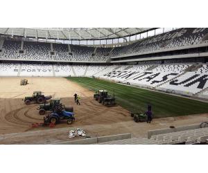 posa tappeto erboso per campi sportivi per Besiktas Vodafone Arena
