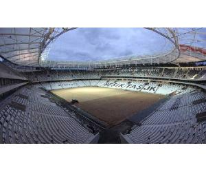 preparazione sottofondo per posa tappeto erboso Besiktas Vodafone Arena